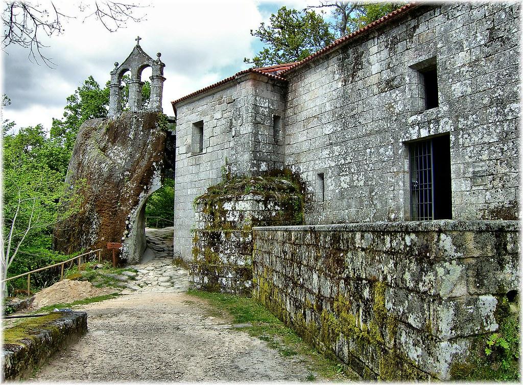1271 san pedro de rocas en esgos ourense mosteiro