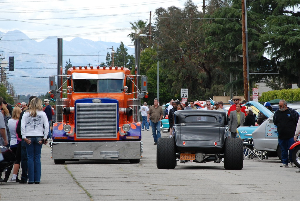 Custom Semi Trucks Peterbilt Custom Peterbilt Semi Truck