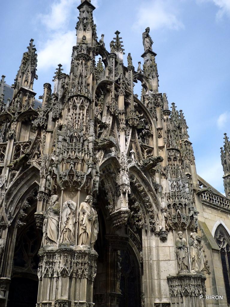 Porche gothique flamboyant de l 39 glise de louviers eure flickr - Une cathedrale gothique ...