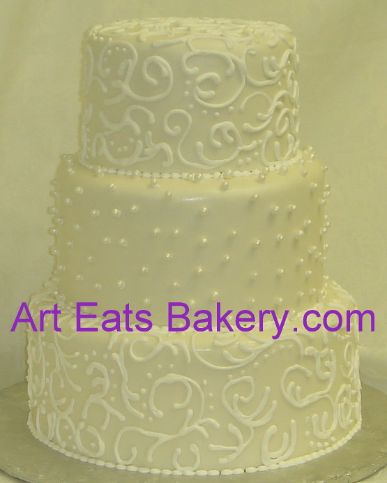 Three tier off white fondant royal icing scrolls and pearl… | Flickr