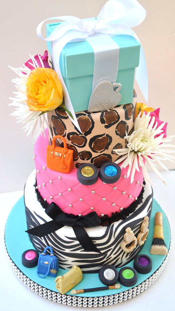 Diva Birthday Cake This Was My Birthday Cake We Had A Sa Flickr