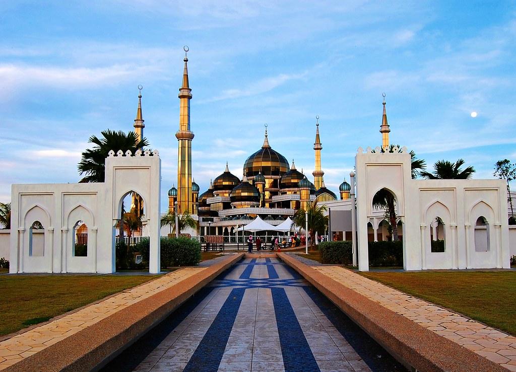 Homestay Masjid Kristal Masjid Kristal | by Hazman