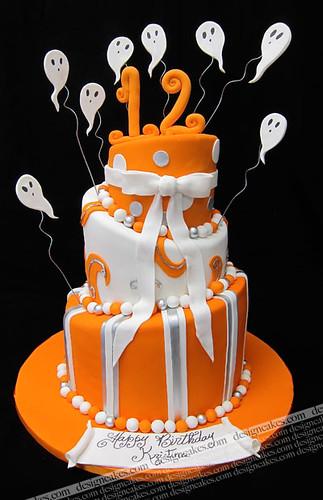 Halloween Topsy Turvy Cake