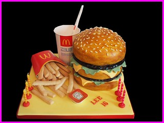 Big Mac and Fries Cake | by crazycakes.eu ♥