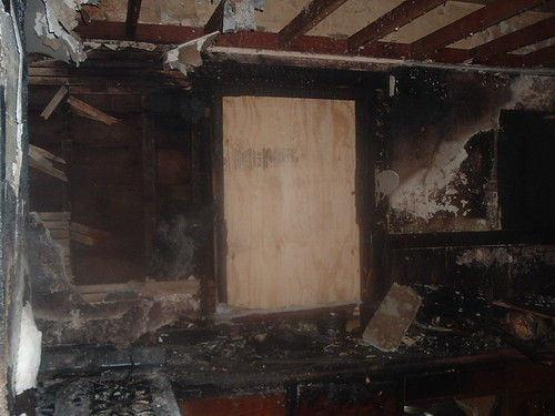 Fire started in kitchen | by Buyfixandprofit.com