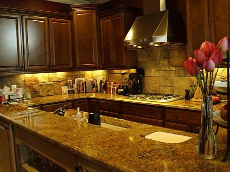 Backsplashes In Kitchens