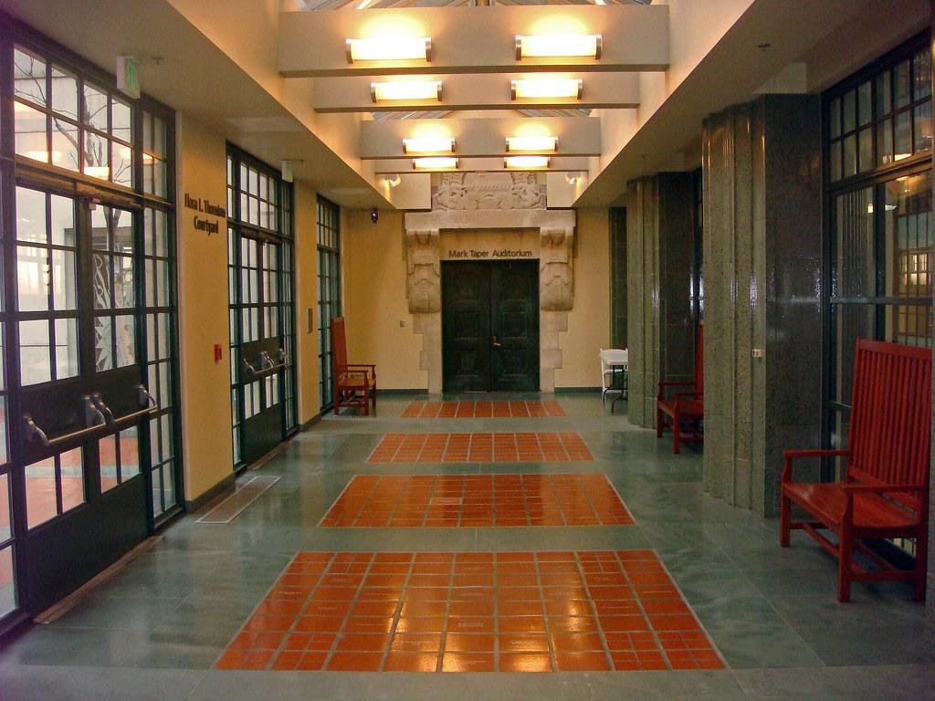 09 Los Angeles Public Library - Mark Taper Auditorium - Ce ...