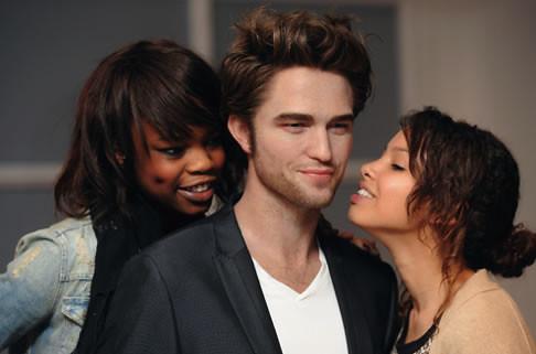 Robert Pattinson museo... Robert Pattinson