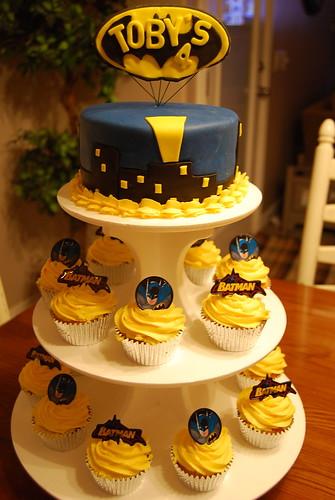Batman And Robin Cake Pops