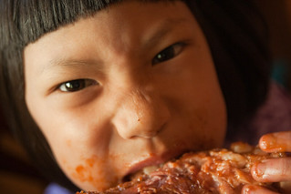 eating ribs gnawing bone barbecue qiqi flickr pro