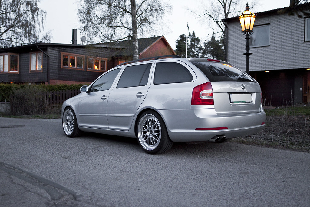 bbs le mans replicas our skoda octavia rs with 8 5x19 et4 flickr. Black Bedroom Furniture Sets. Home Design Ideas