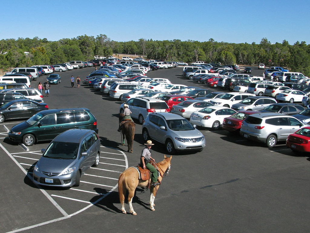 100529l2 Grand Canyon Visitor Center Parking Lot Horse Pat