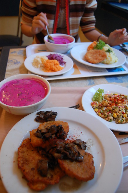 Repas complet et pas cher au Bar Mleczny Pod Temida à Cracovie - Photo de Gideon