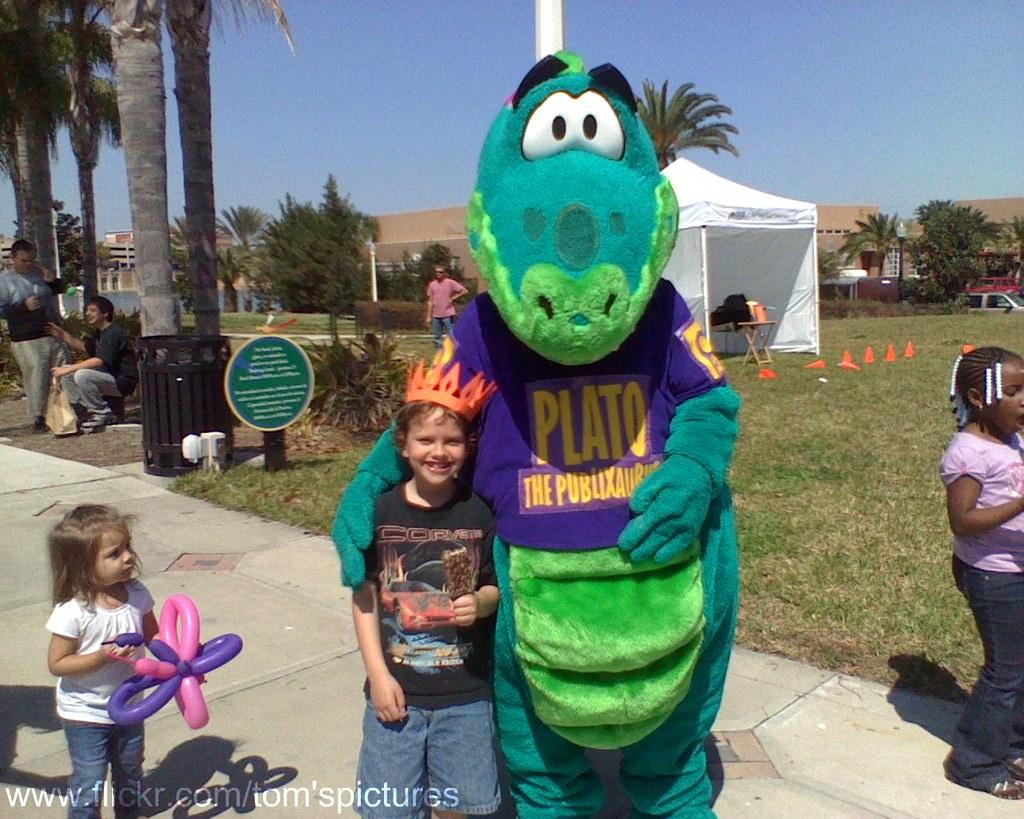 Plato The Dinosaur Publix Held A Free Book Fair Earlier