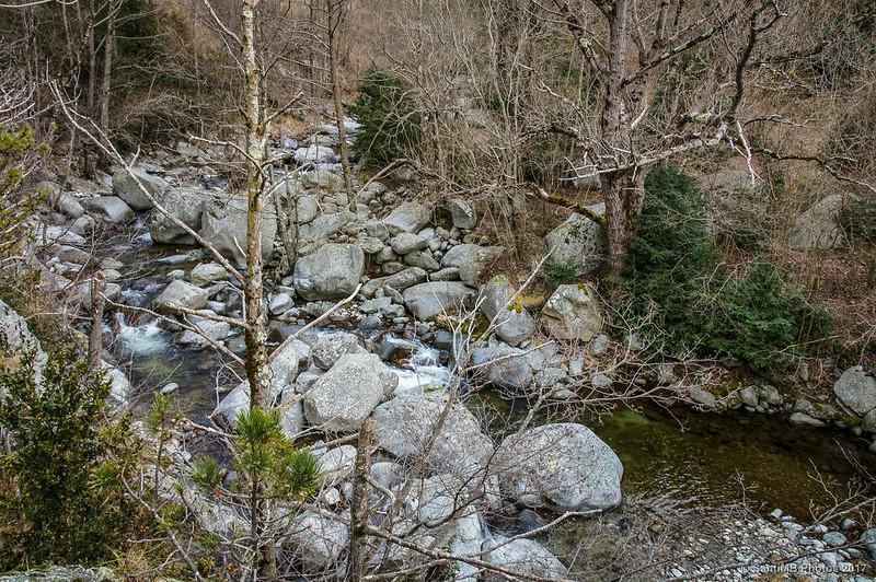 Río Freser en el primer tramo del sendero a Coma de Vaca