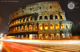 TRAFICO  AL COLOSSEO | by Elias Arcos Photo