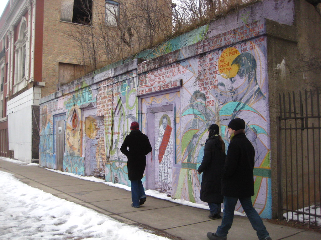 Bronzeville mural on mlk drive kelly loris flickr for Chicago mural group