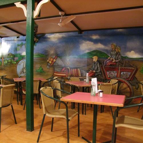santo 39 s pizzeria authentic italian restaurant albany creek. Black Bedroom Furniture Sets. Home Design Ideas