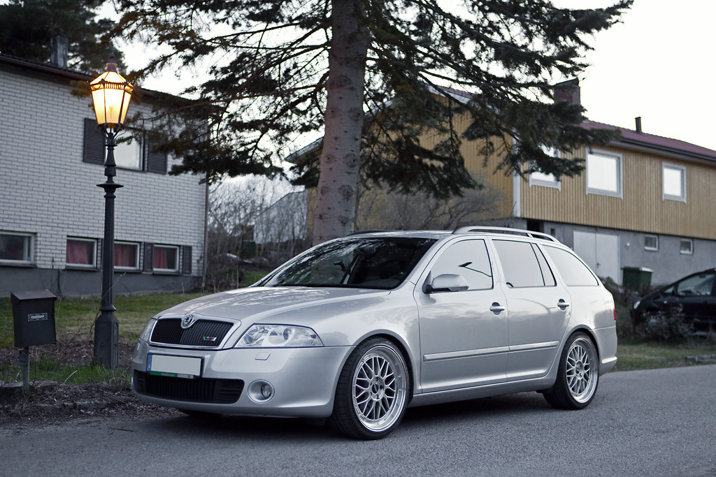 bbs le mans replicas our skoda octavia rs with 8 5x19. Black Bedroom Furniture Sets. Home Design Ideas