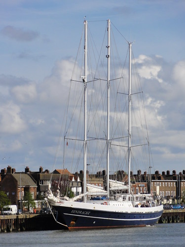The Eendracht #2 docked in Great Yarmouth harbour | by Moldovia