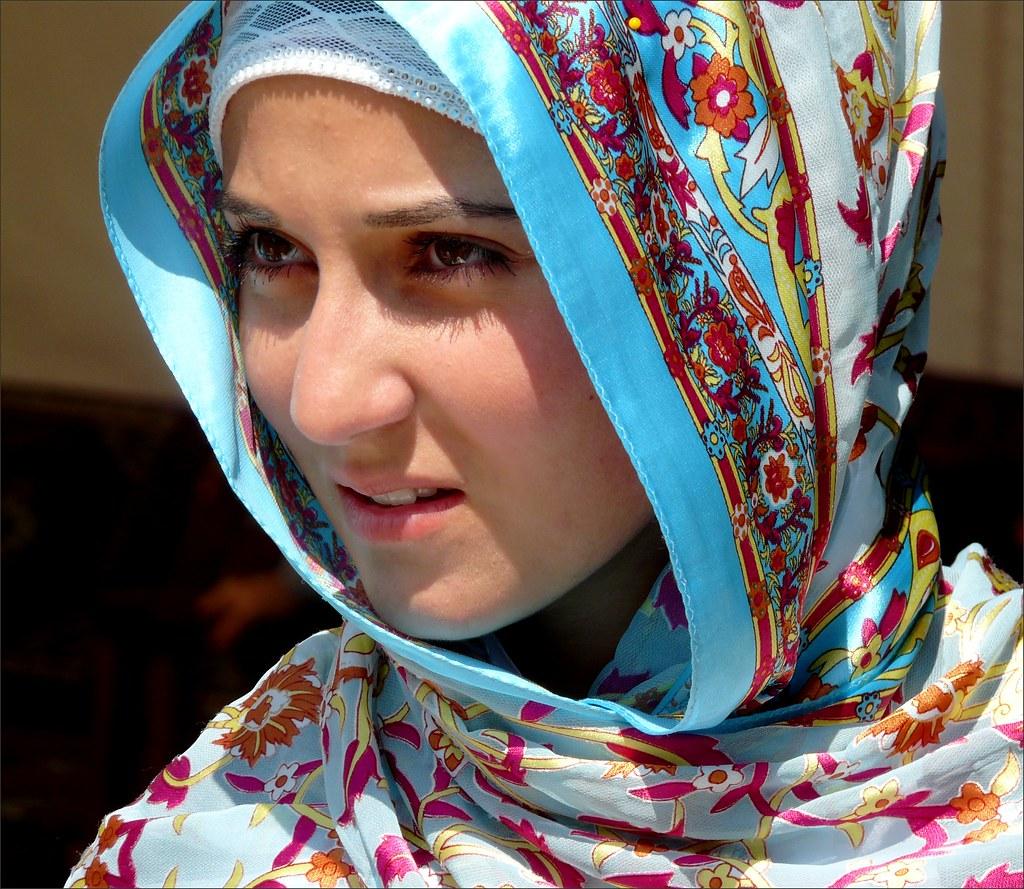 Portrait Of A Turkish Girl   Multiculturele Turkse -5137