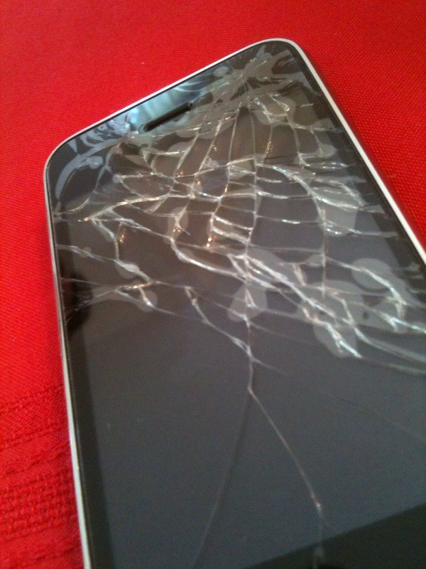 iphone broken screen iphone screen day 3 well this is day 3 with my 11664