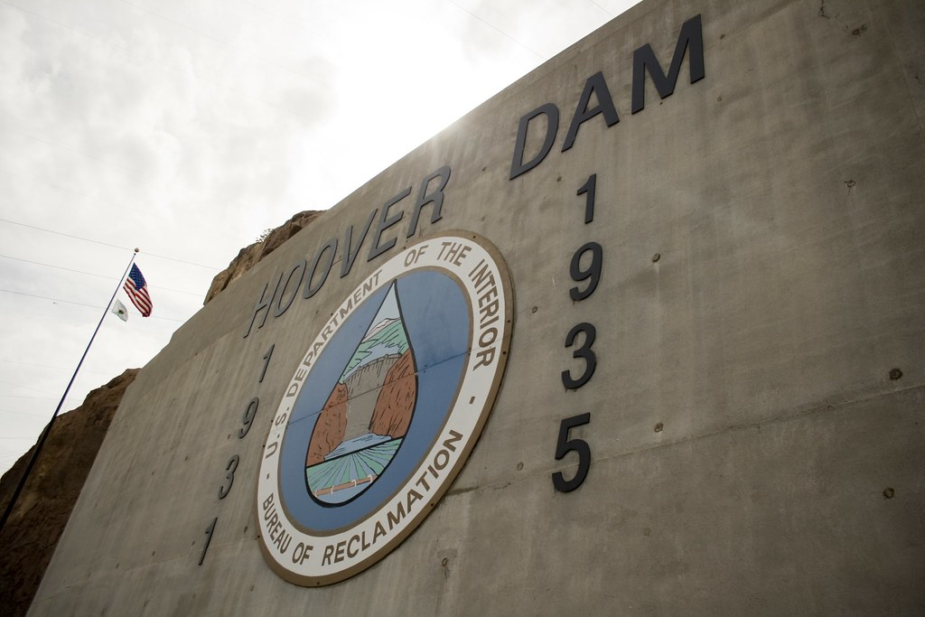 Hoover Dam Tour From Maon Street Casino