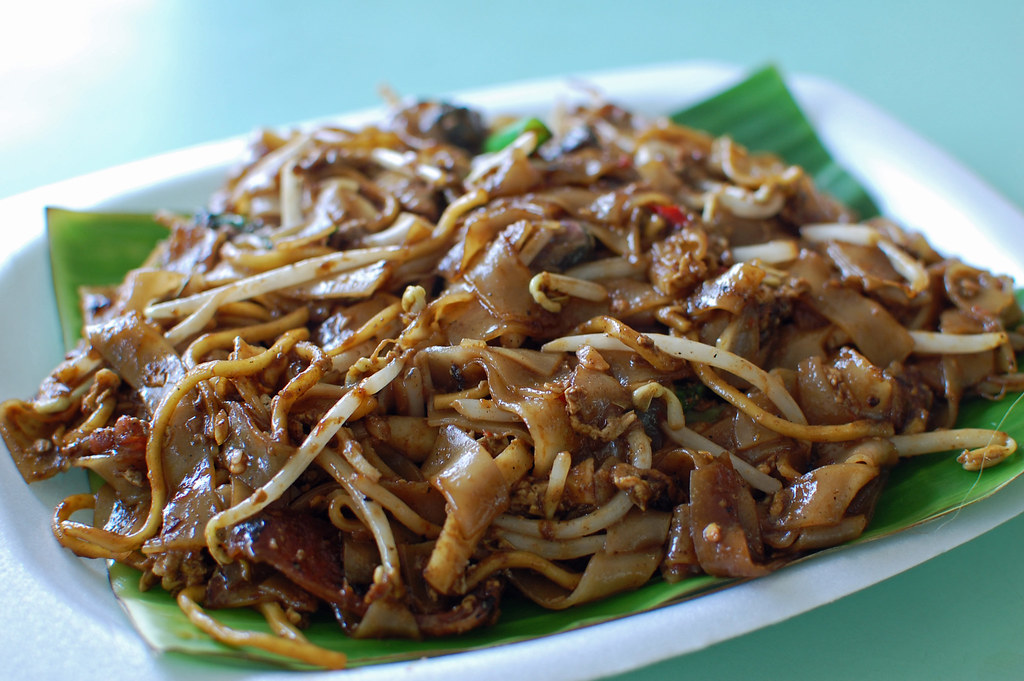 Char Kway Teow | At the Old Airport Road Hawker Centre with ...