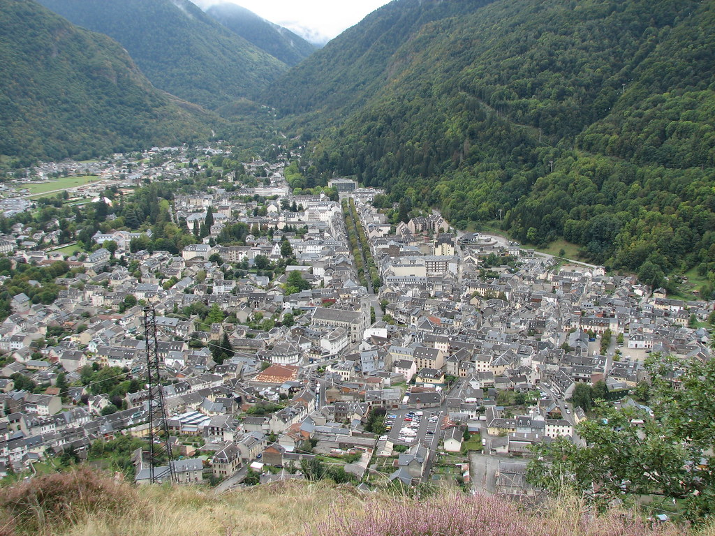 Town Of Bagn 232 Res De Luchon Nh53 Flickr
