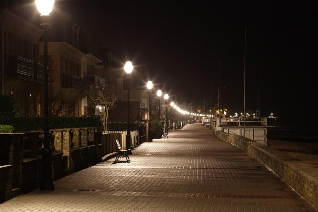 La digue de saint aubin sur mer vers l 39 ouest tristan nitot flickr - La petite cheminee saint aubin ...