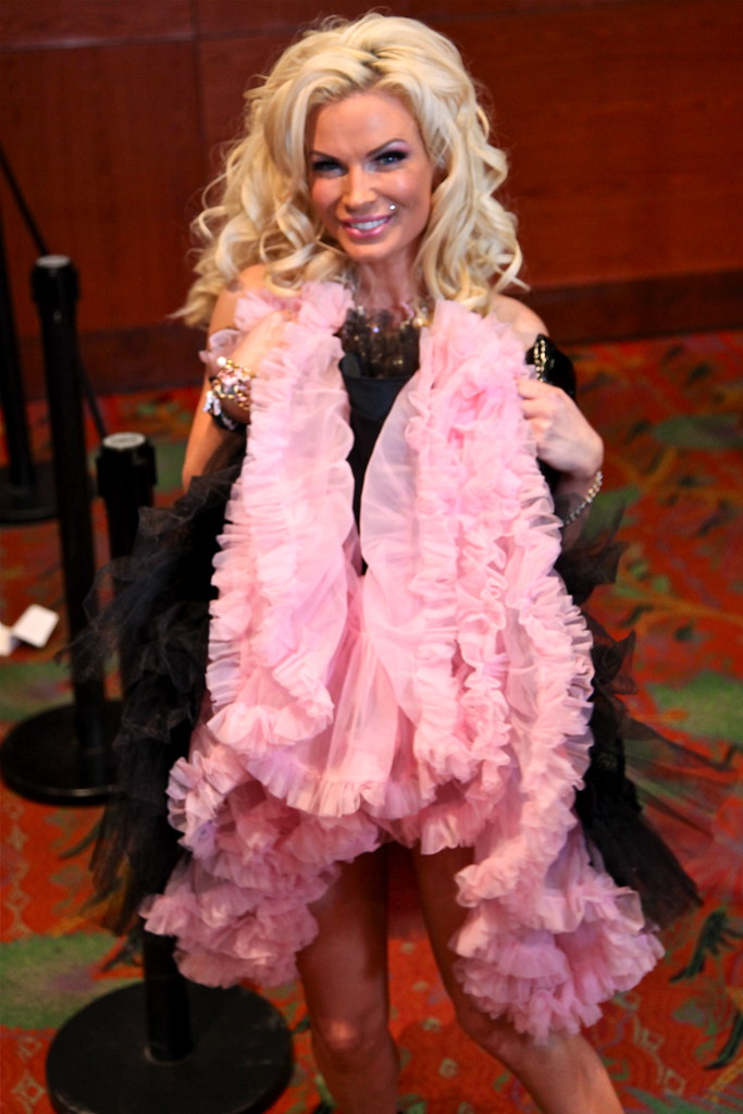 Avn Awards Red Carpet 2010 286 Chris Heuer Flickr
