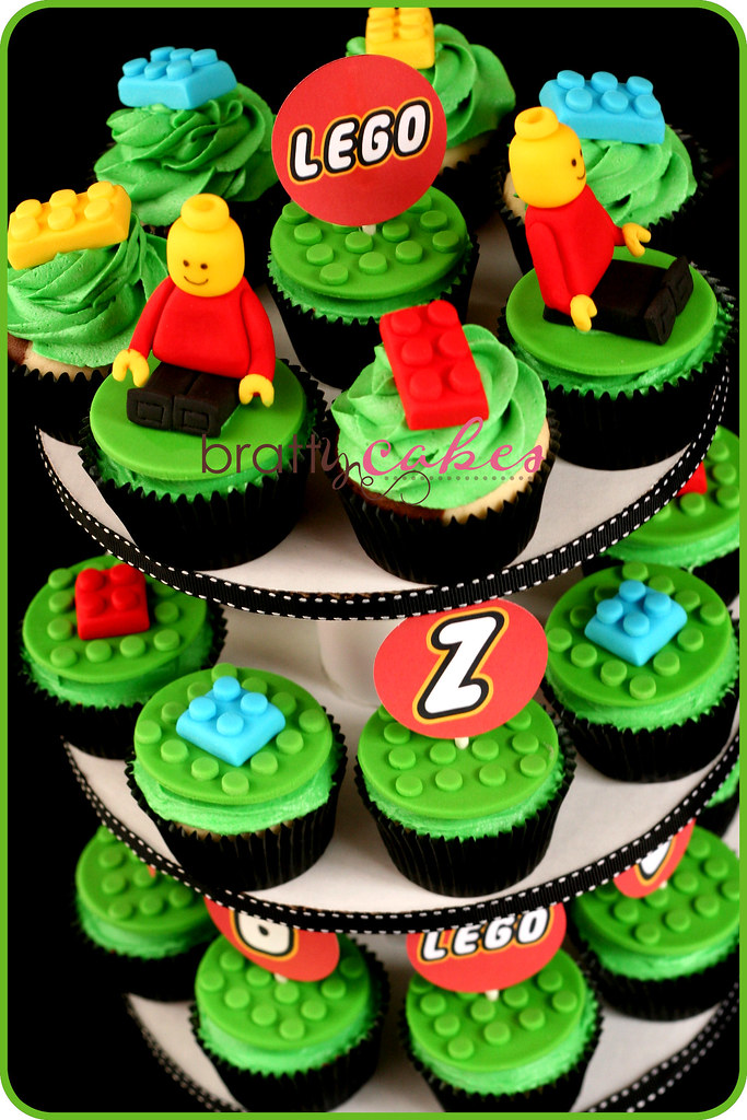 Cupcake Design For Birthday Boy : Lego Cupcake Tower Made for a little boy who was having ...