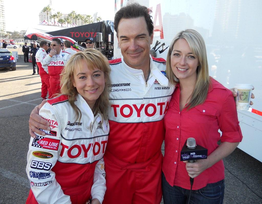 Megyn Price Patrick Warburton Toyota Grand Prix Of Long