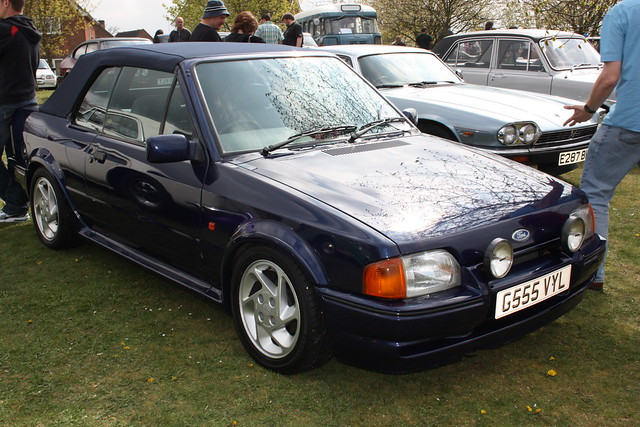 1990 ford escort xr3i cabriolet explore trigger 39 s retro ro flickr photo sharing. Black Bedroom Furniture Sets. Home Design Ideas