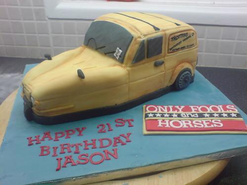 Reliant Robin Birthday Cake