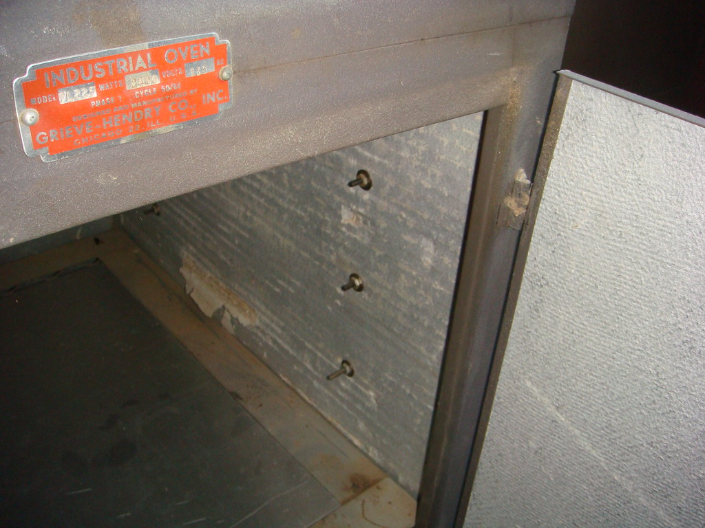 Asbestos Insulated Industrial Oven Partial View Of A Small Flickr