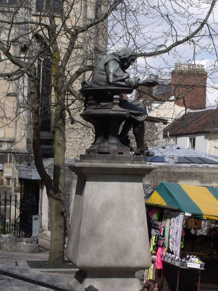 Statue Of Sir Thomas Browne In Norwich I Wanted To Find