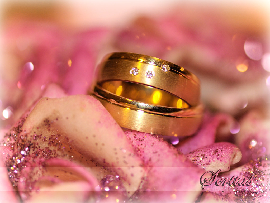 Hochzeitsringe Verlobungsringe Please Don T Use This Imag Flickr
