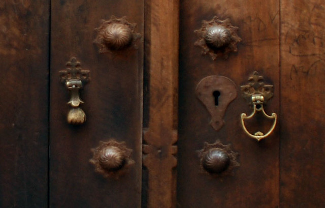 by Lida Arzaghi Old persian door knockers... | by Lida Arzaghi & Old persian door knockers... | Old door knockers in Iran areu2026 | Flickr pezcame.com