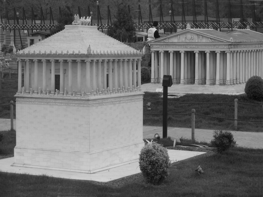 mausoleum of halicarnassus The city was famous for the mausoleum of halicarnassus, also known simply as the tomb of mausolus, whose name provided the origin of the word mausoleum the mausoleum, built from 353 to 350 bc, ranked as one of the seven wonders of the ancient world.