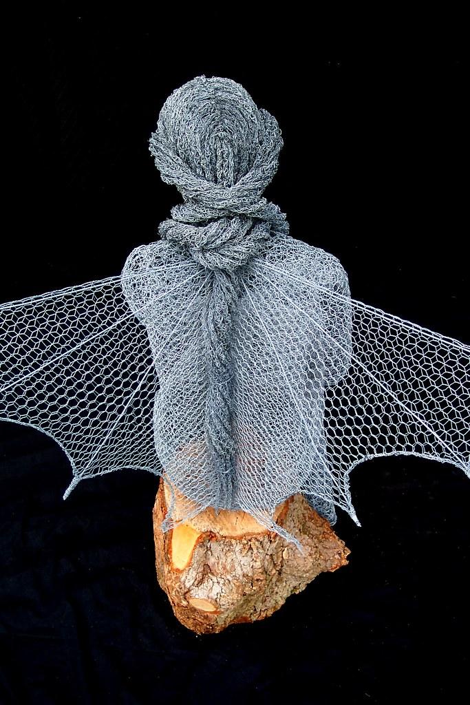 Derek kinzett fairy wire sculpture serenity commission 2 for Chicken wire sculptures uk