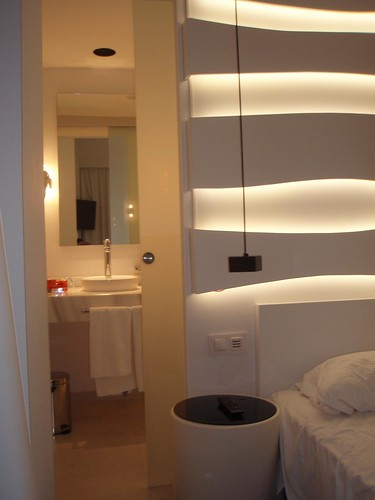 Hotel Room Mate Oscar Restaurante Paris Tokyo Cerrado