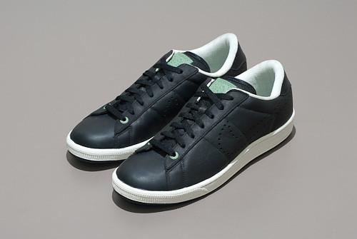Nike Tennis Classic Ultra Premium Women S Shoe