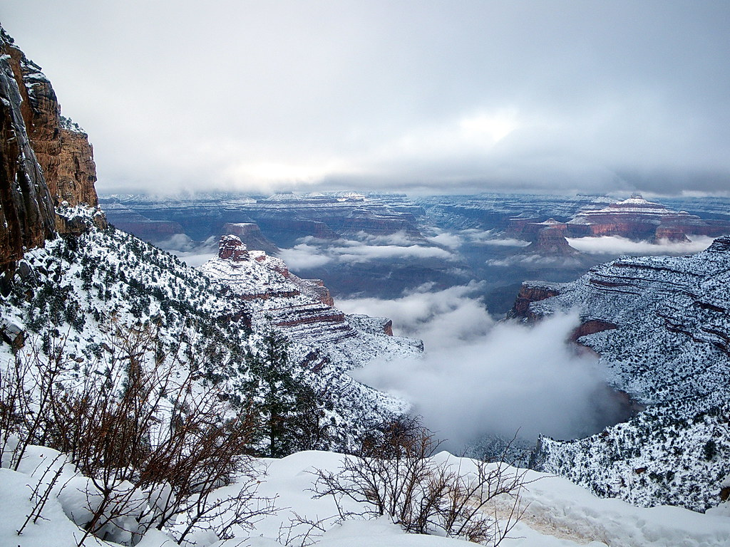Snow on the North Rim from Bright Angel Trail - Grand Cany ...