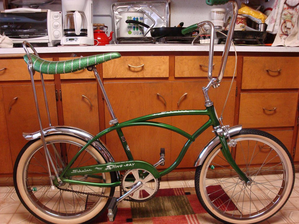 Schwinn Bicycle Painting : Schwinn stingray deluxe original paint finally