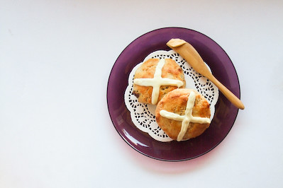 Hot Cross Scones | by raspberri cupcakes