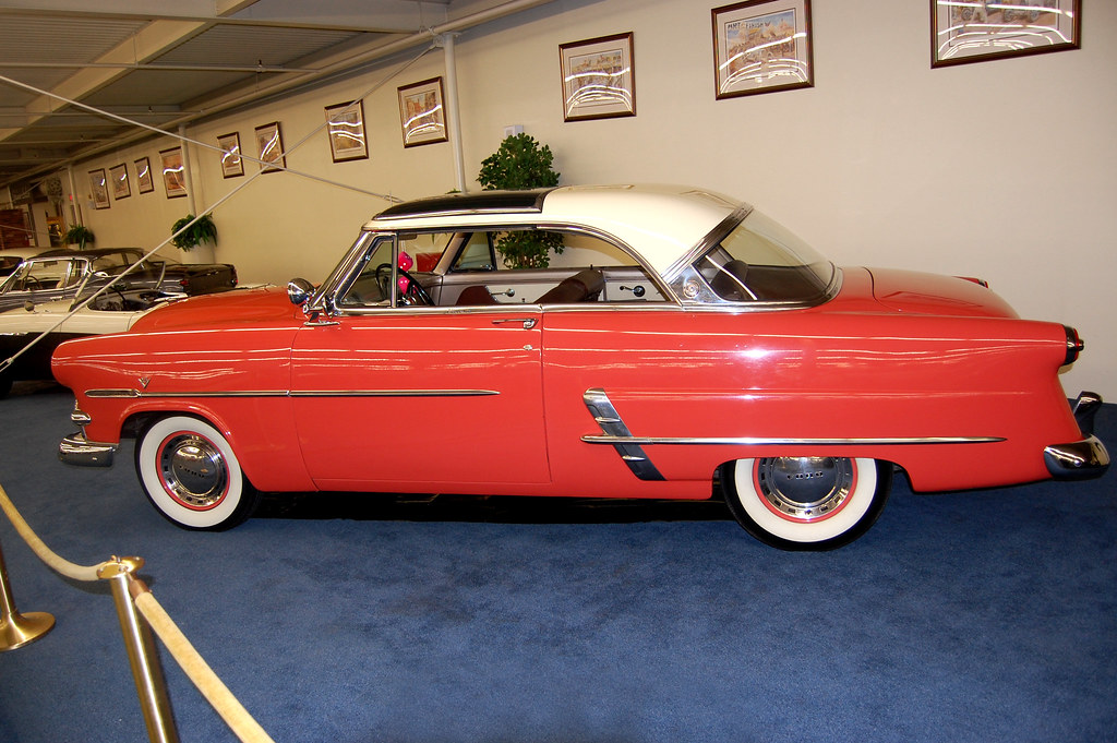 Classic Car Showroom In Webster Mass