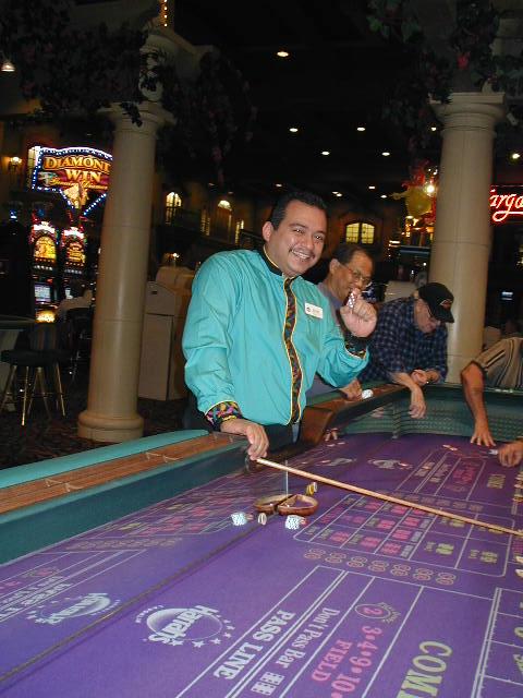 How to become a better blackjack dealer