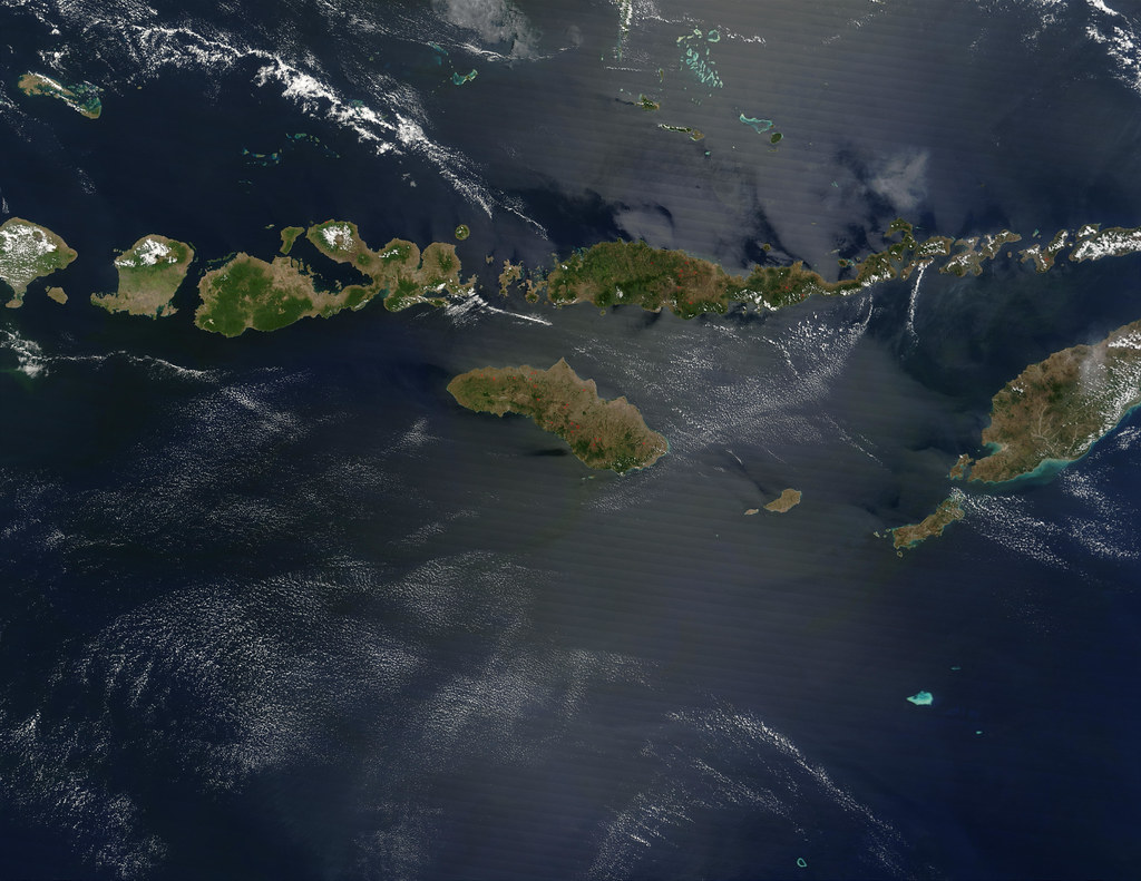 Tiny Islands In The Pacific