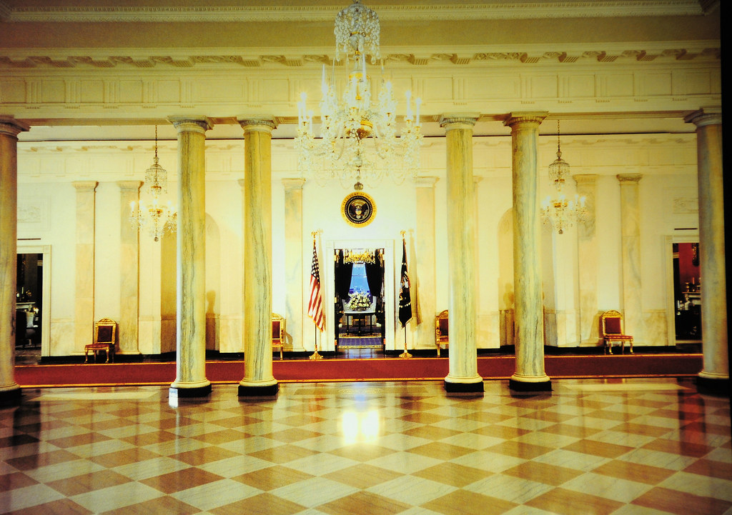 White House Foyer : The white house grand foyer cross room hall washington